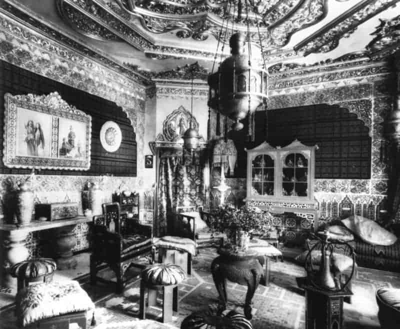 interior-casa-vicens